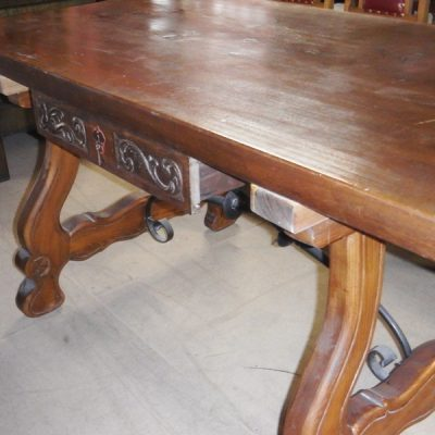 mesa castellana madera maciza