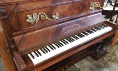 "PIANO FRANCÉS ANTIGUO ""THERSEN & CIE"""